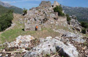 Castillo de Tavizna o Aznalmara
