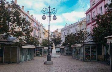 Plaza de las Flores & Edificio de Correos