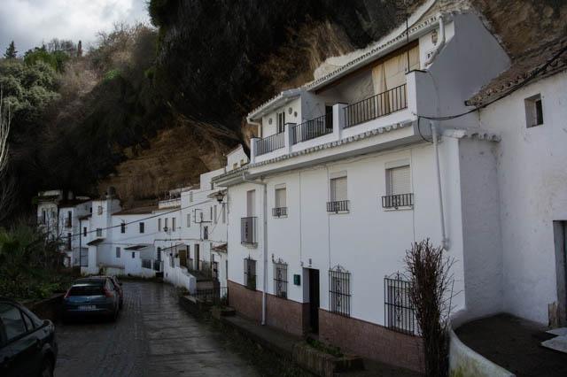 Casas en la roca Setenil de las Bodegas