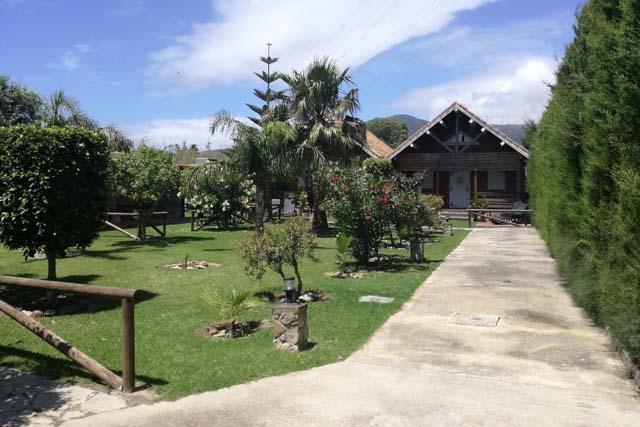 Kitecamp Tarifa no solo ofrece cursos de kite, sino también un fabuloso alojamiento donde descansar tras una intensa jornada deportiva.