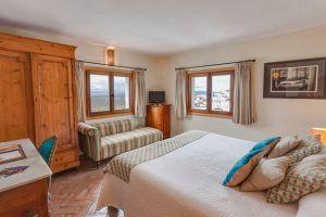 Desde la cama podrás apreciar unas vistas maravillosas de los alrededores de Vejer.