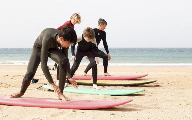 A-Frame Surfschule und Surfgeschäft